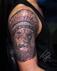 lion with a headdress  by TodoArtist