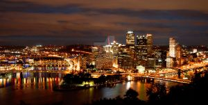 Downtown Pittsburgh by maxlake2
