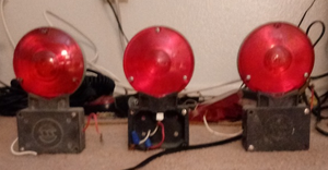 My 4'' Gate Lights 1 by WillM3luvTrains