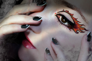 Fire Eyes by KlairedeLys