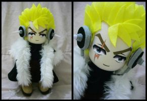 Laxus Plushie by renealexa-plushie