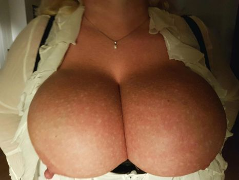 Octoberfest breasts overflowing. by Cleavage3