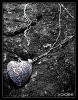 The Locket by voldee