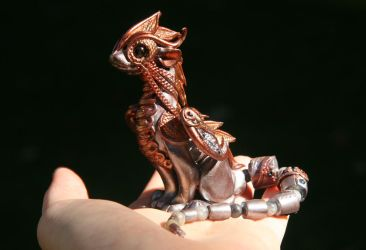 Kaeso - Steampunk silver and copper dragon by Akalewia