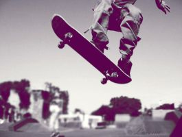 Skate. by lora-tox