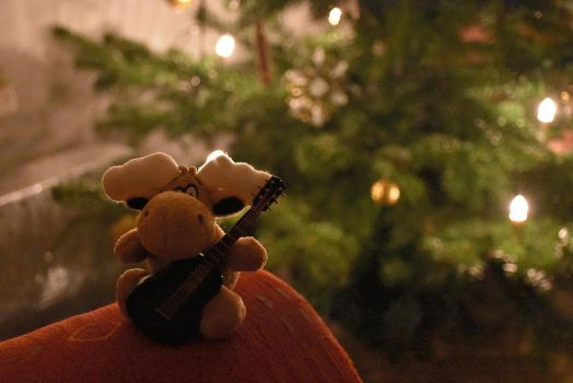 Little Elk with Guitar by OfTheDunes