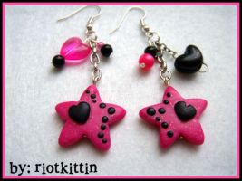 Earrings for Sompy by riOtkittin