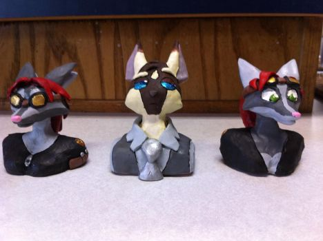From Liz:Nainso and the Indis character busts by ezioauditore97