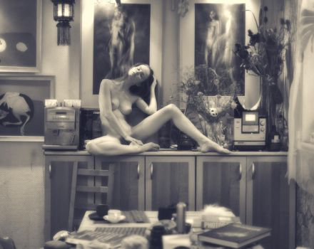Nude in an interior by photokiselev