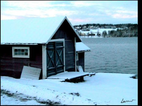 Ostersunds lake houses by LeSsArt