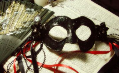 Leather Masks: Lady Bloodmourn by mariatheawesome