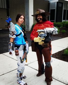 Master Hanzo and McCree Cosplays Acen 2017 by grimmons88