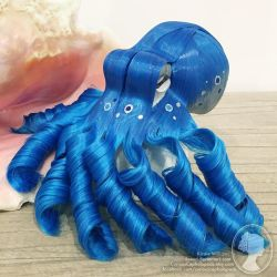 Electric Blue and Silver Octopus by deeed