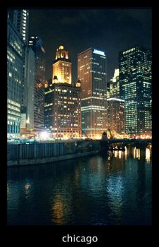 chicago river by tnemokidd