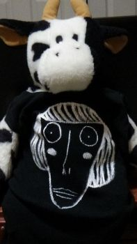 cow wearing a gorgeous luther shirt by Lawleitspuppy