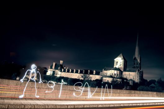 Light painting at SAINT-SAVIN (86) by leglaunecmichel