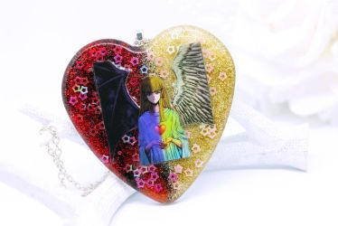 Change of heart necklace by SophieXSmith