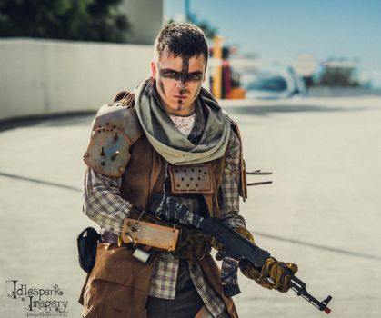 Fallout 4 Spike Armour Raider Cosplay by Libjumper