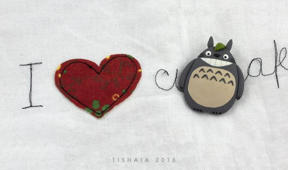 and Totoro loves you! by tishaia