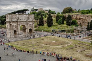 Arch of Constantine with Pallatine Hill by AricLB