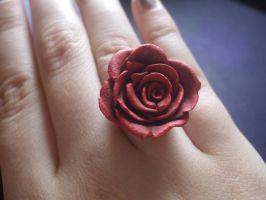 Red Rose Ring by XxSierraRose