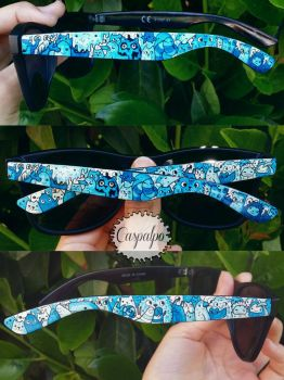Doodle sunglasses in blue by Caspalpo
