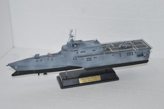 Bronco 1/350 USS Independence LCS-2 by janda700