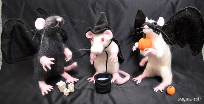 Needle Felted Halloween Rats by wolfysilver