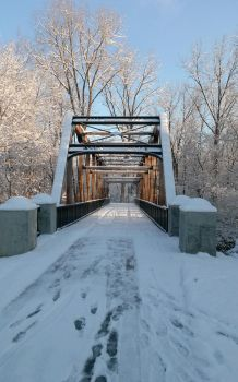 Snowy bridge by JeffreyRitt