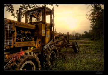Old Tractor HDR II by joelht74