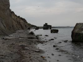 Bunkers and sea2 FREE by Amliel