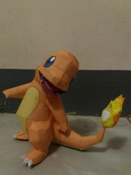 Charmander Papercraft by DanboardTheBox
