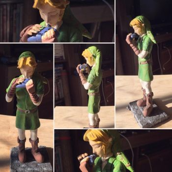 Adult Link Figure painted  by vrlovecats