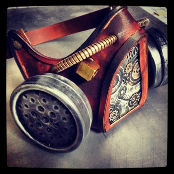 Steampunk Gas Mask by aestheticreations