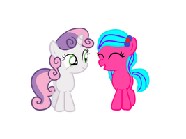 Kura and Sweetie Belle by EmoshyVinyl