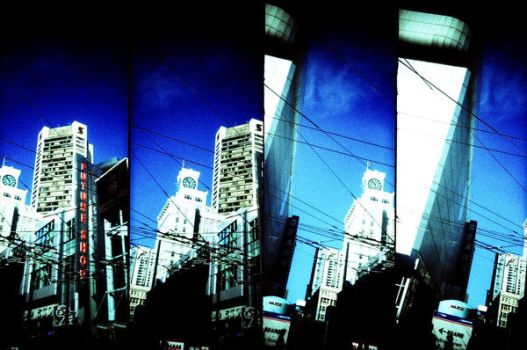 Downtown Vancouver by tupiniquim