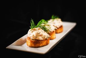 Canape wtih smoked salmon by CJacobssonFoto