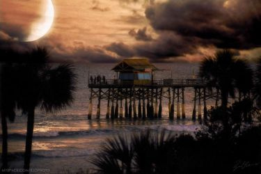 Cocoa Beach Pier by rekit