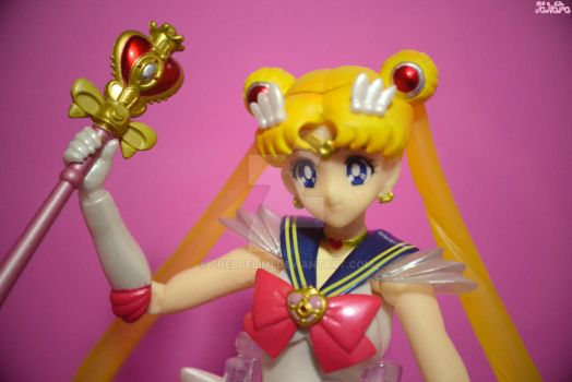 Super Sailor Moon by Cheloelimi