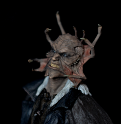 Jeepers Creepers Statue by BloodySickk