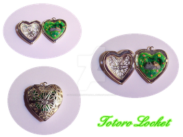 Tototo Locket by StrawberryParall