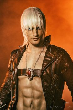 Dante - Devil May Cry by LeonChiroCosplayArt
