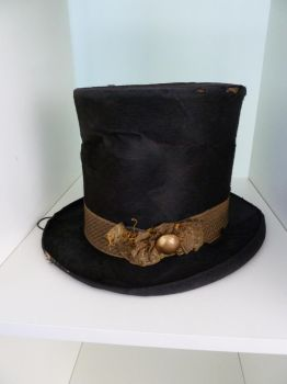 TopHat by LadyCharis