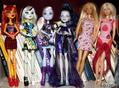 Monster High and Barbie by suttonQjuggernaut1