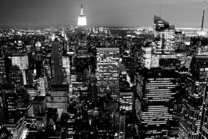 New York at night by DarkSaiF
