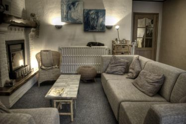 HDR Woonkamer by jellevc