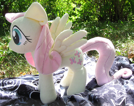 Fluttershy Plush by nalina