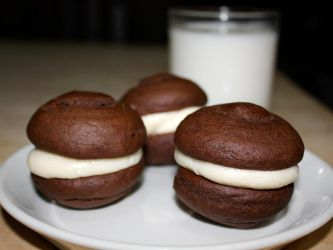 mini whoopie pies by agent229