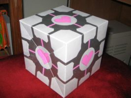 The Weighted Companion Cube by quazo