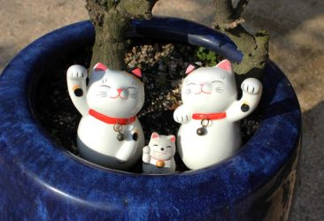Waving Cats by InuTsume